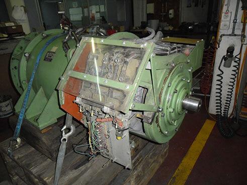Überholung einer Schottereinigungsmaschine