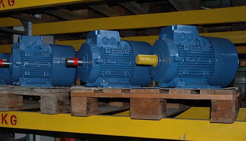 Lagerabverkauf Neumotoren IE1