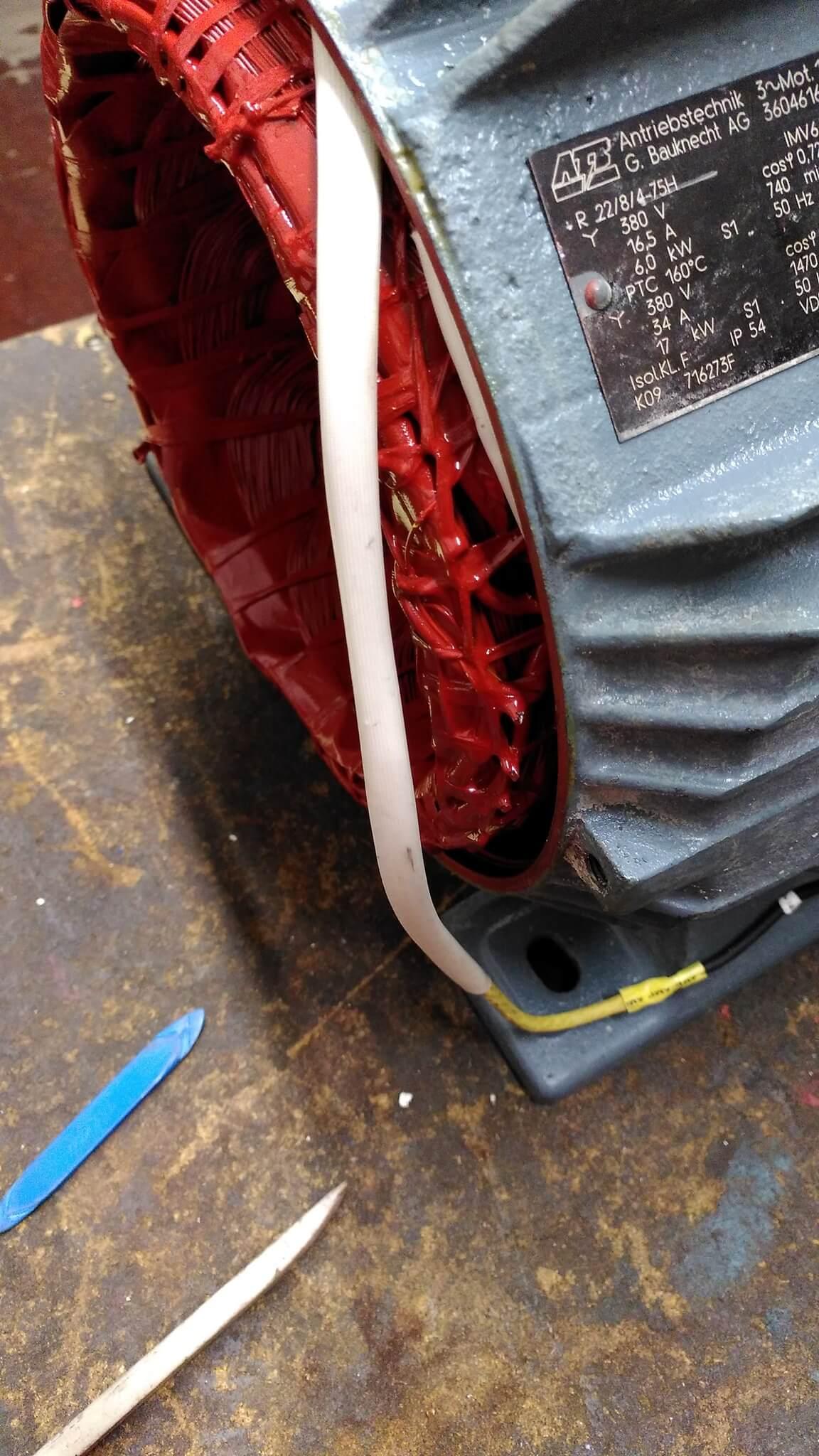 Reparatur eines Drehstrommotors
